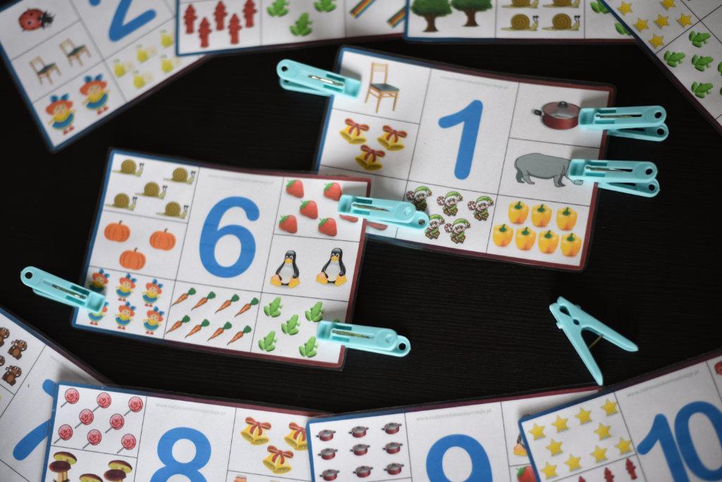 Karty klamerkowe do druku za darmo - Cyfry
